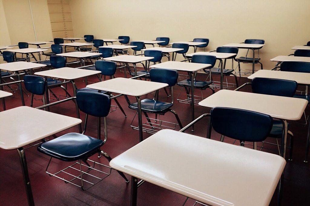 Classroom pixabay CC0 tiny png